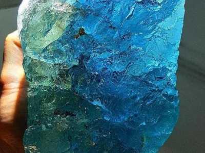 天然水晶的图片 天然水晶石图片欣赏
